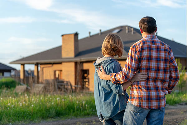 Couple buying first home in Texas